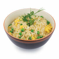 Rice with egg and green peas