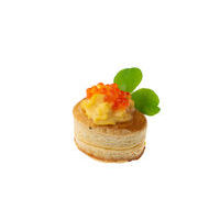 2607. Vol au vent with salmon caviar and egg cream