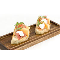 Bruschetta with prosciutto,