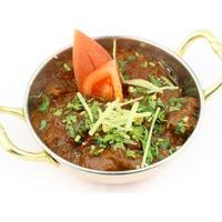 Lamb with mushrooms and mint, in Masala sauce